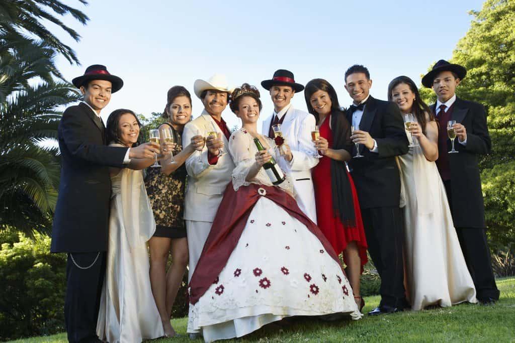 quinceañera vestido blanco y rojo