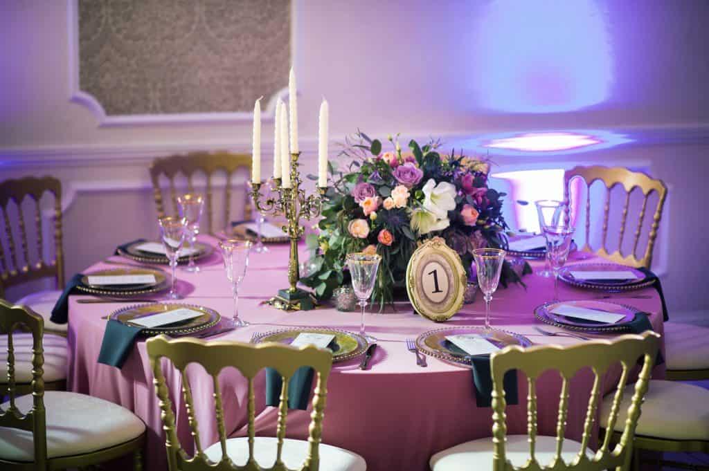 centro de mesa para 15 años lilas